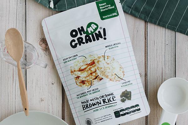 Pengen Cemilan Asin Nan Gurih Tapi Sehat? Oh Ma Grain! Keripik Beras Rumput Laut Pilihanmu! Murah Meriah Cuma 15 Ribuan!