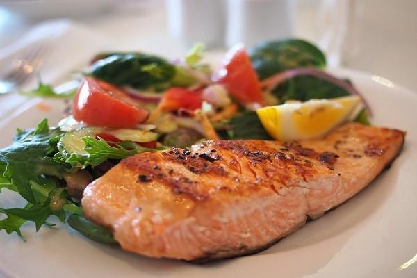 Salmon, Superfood dari Ikan yang Tingkatkan Nutrisi Untuk Otak
