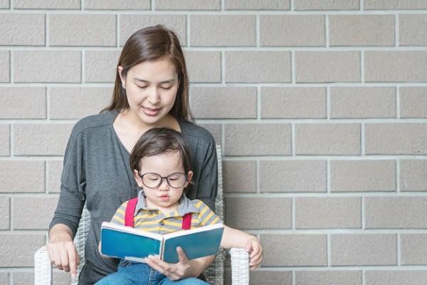 Kenapa Penting Batasi Anak Main Gadget?