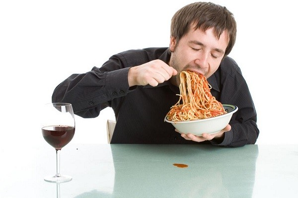 Makan Dengan Terlalu Cepat, Kesalahan Diet Sehat yang Bisa Berdampak Tidak Baik Untuk Tubuh