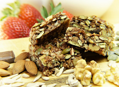 Soft & Chewy Baked Granola Bars
