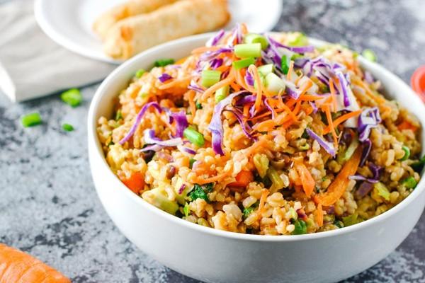 5. Tambahkan Sayuran atau Topping yang Lebih Sehat