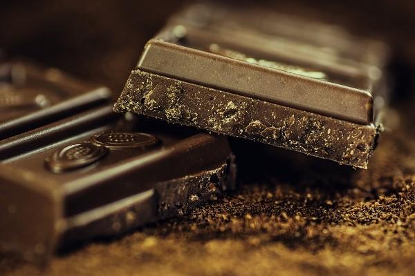 Cokelat, Cara Nikmat Menurunkan Tekanan Darah