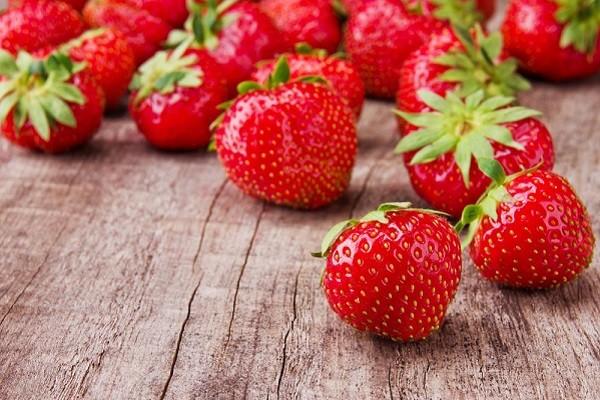 Strawberry, 'Si Merah' yang Buat Rasa Makanan Makin Menggelora