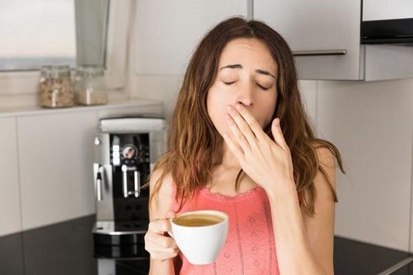 Kamu Terlalu Banyak Mengonsumsi Kafein Pada Siang Hari